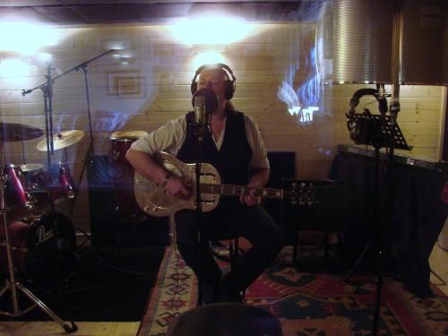 jinx  in studio